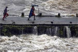 Rains pound South India; Kerala worst hit with 42 dead