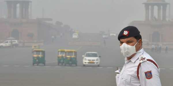Air quality in Delhi-NCR very poor, slight improvement likely in next 48 hours