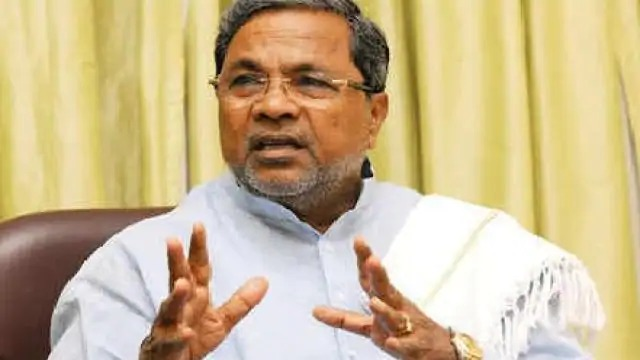 Siddaramaiah gets discharged from hospital after recovering from Corona, quarantine to stay home now